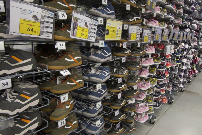 被烙记的运动鞋和跑鞋 免版税库存图片