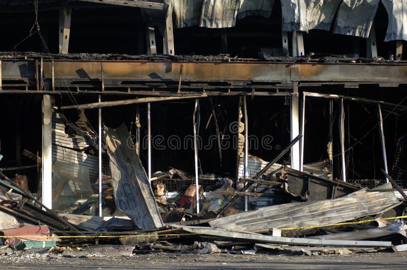 被烧的大厦 库存照片