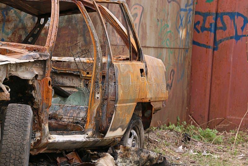 被烧的汽车 库存图片
