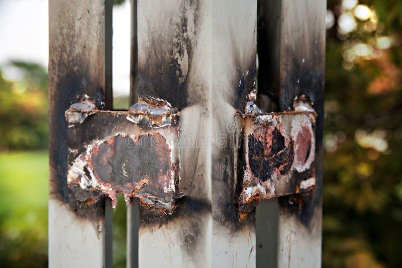 被焊接的钢盘区,太阳能电池 库存图片