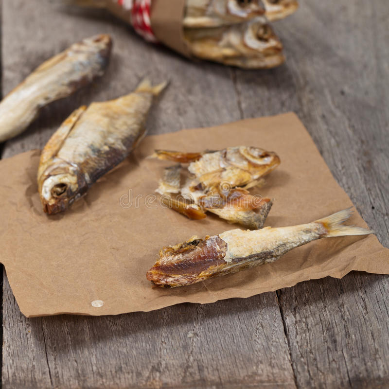 Download 被盐溶的干鱼 库存图片. 图片 包括有 新鲜, 保留, 准备, 盐味, 重点, 文化, 快餐, 俄语, 干燥 - 59103615
