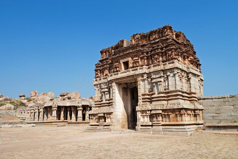 被破坏的印度寺庙 库存图片
