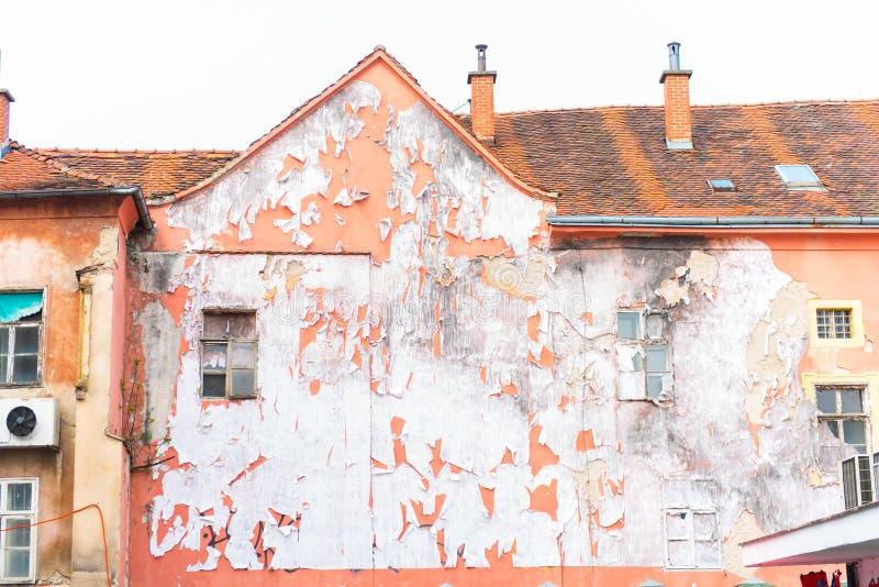 被破坏的房子门面 免版税库存照片