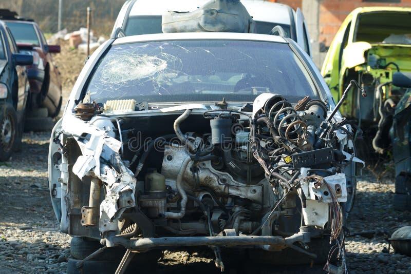 被砸的汽车 免版税库存图片