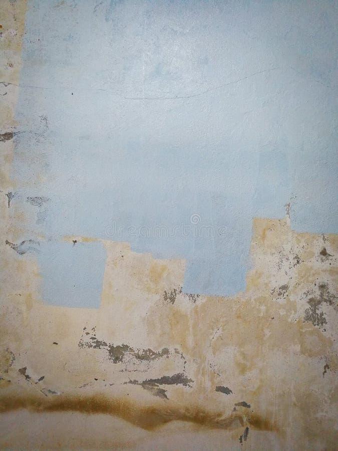 被绘的墙壁老墙壁小条 库存图片