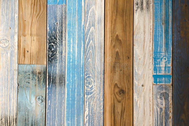 被绘的木条地板木头纹理,五颜六色的木木条地板背景 图库摄影