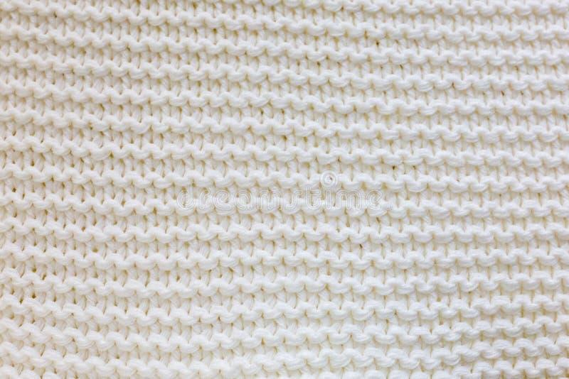 被编织的白色毯子,舒适毯子 免版税库存图片