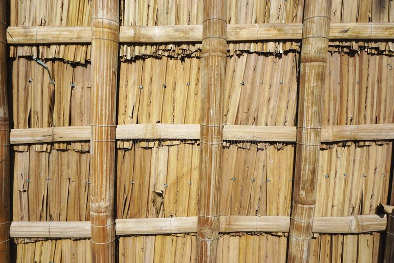 被编织的竹栅格摘要水平的背景纹理 库存照片