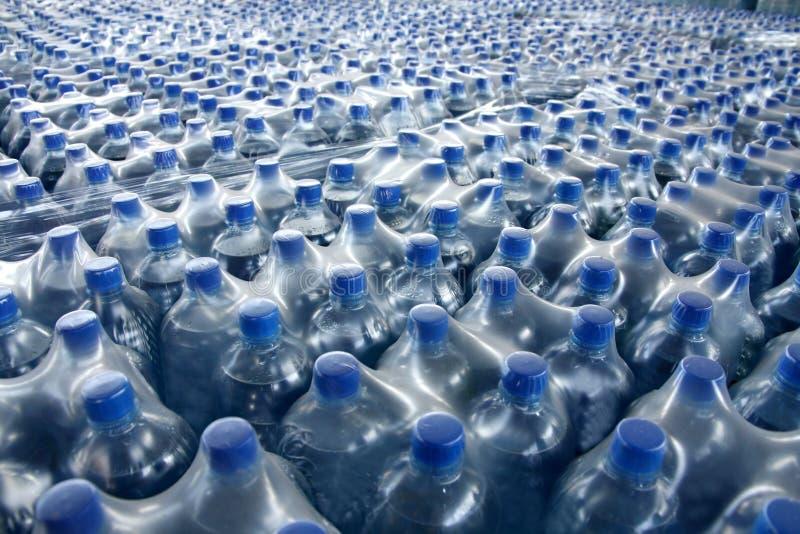被装瓶的汁液栈 免版税图库摄影
