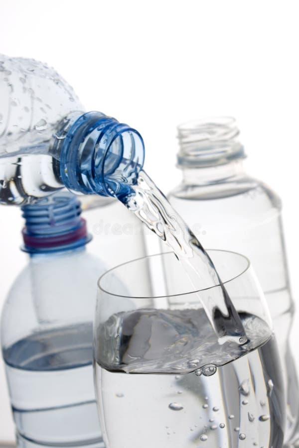 被装瓶的饮用水 免版税库存照片