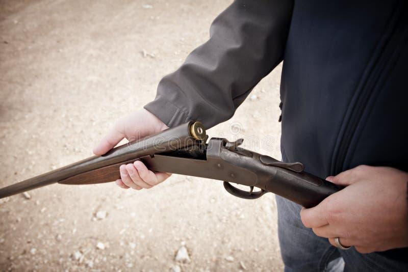 被装载的猎枪 库存图片