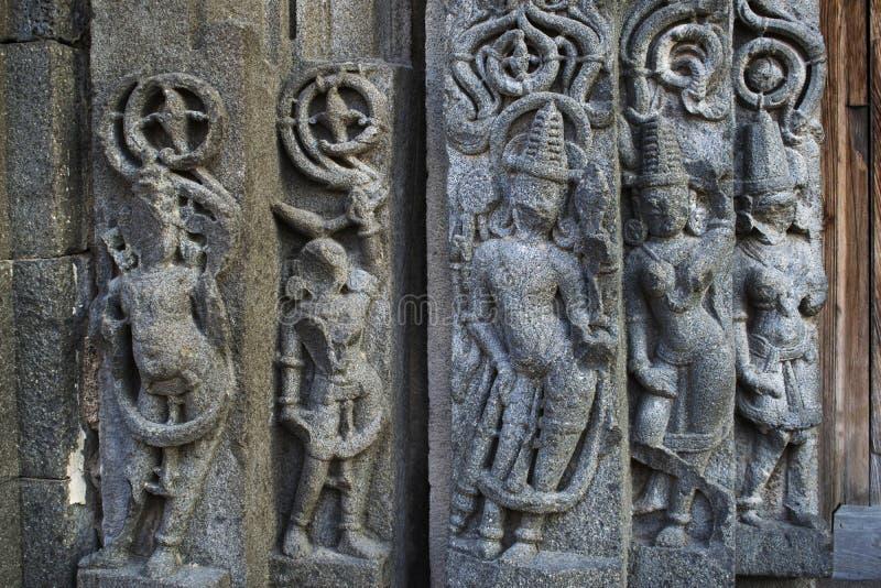 被装饰的墙壁,Daitya苏丹寺庙,洛纳尔,布尔达纳县,马哈拉施特拉,印度 免版税图库摄影