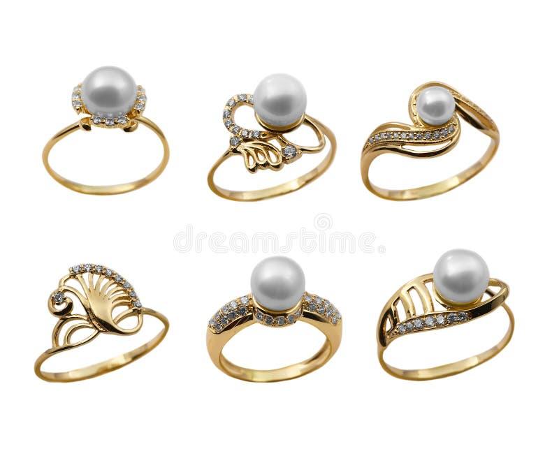 被设置的典雅的珠宝珍珠环形 免版税库存照片