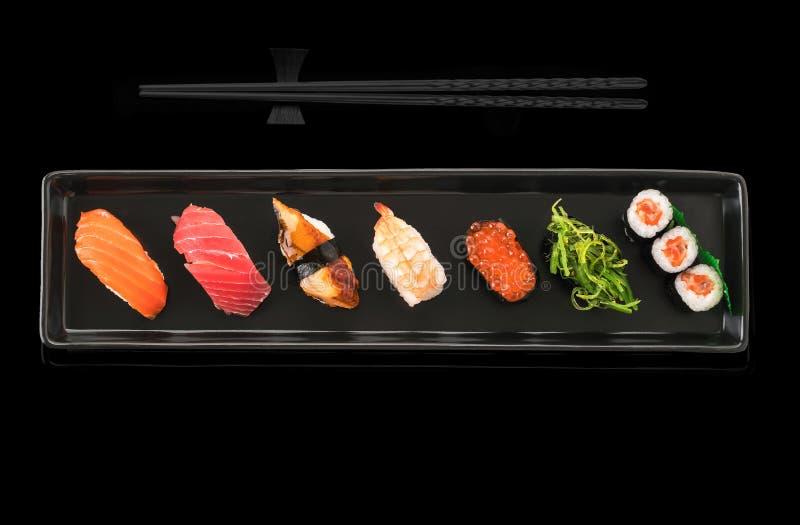 被设置的寿司-日本食物 库存照片