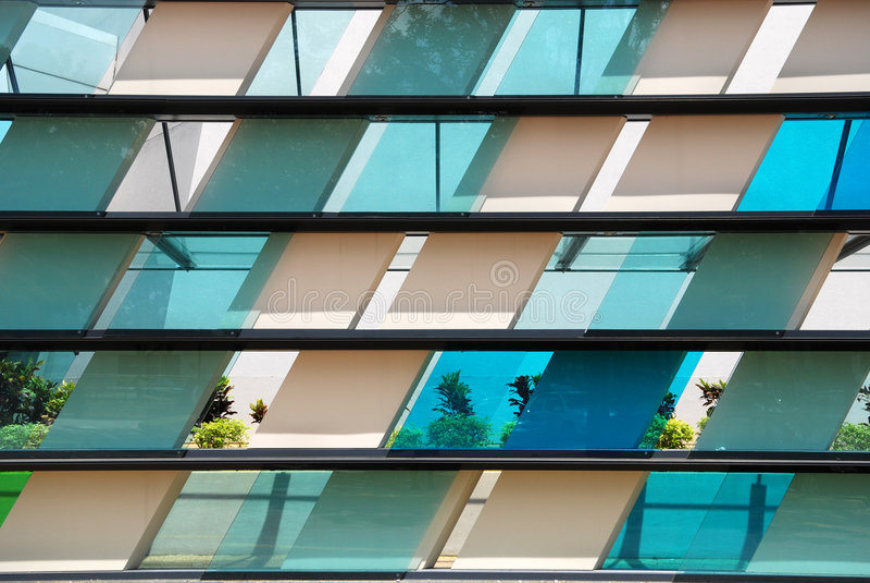 被设色的五颜六色的玻璃 免版税库存照片