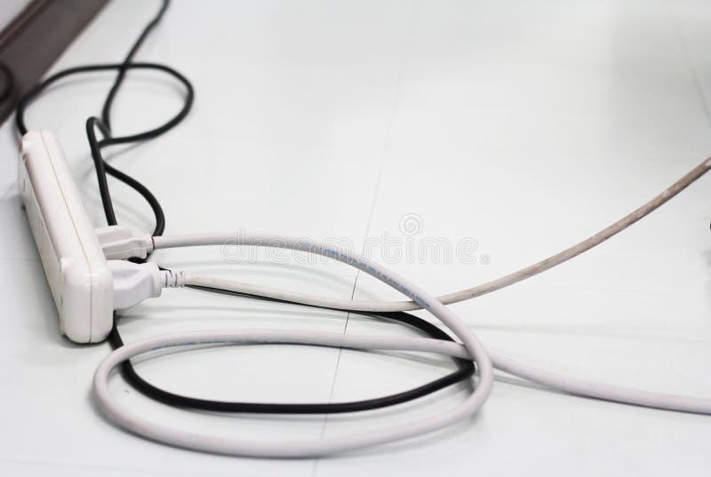 被连接的电子绳子 免版税库存照片
