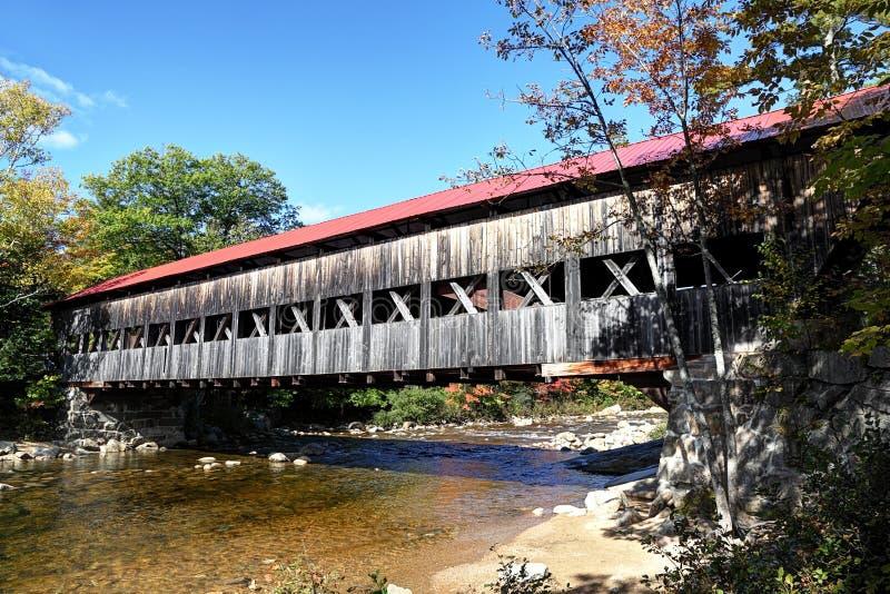 被遮盖的桥,新英格兰 图库摄影