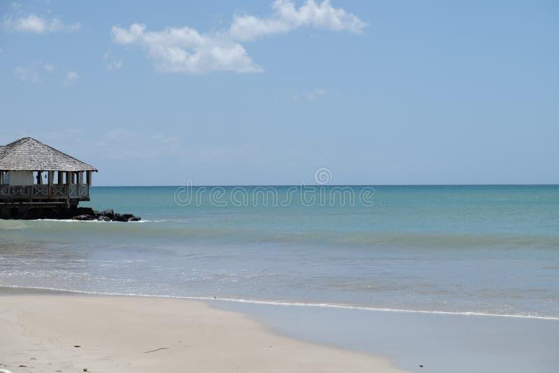 被隔离的海滩 免版税库存图片