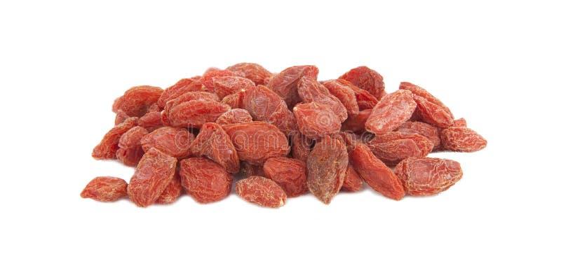 被隔绝的堆红色Goji莓果 免版税图库摄影