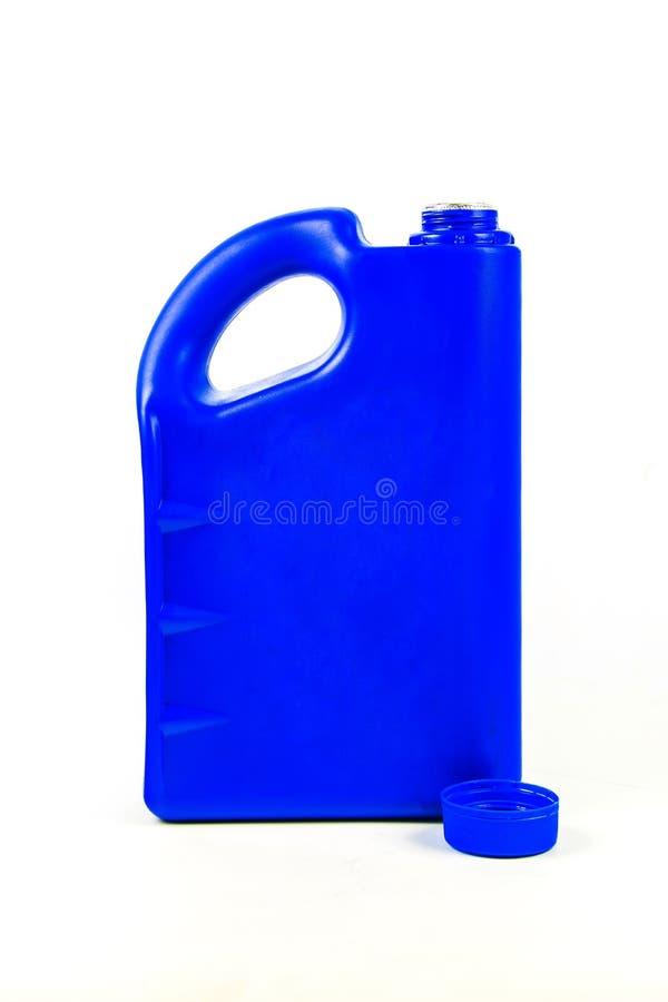 被隔绝的机油的,汽车油瓶塑胶容器 免版税库存照片