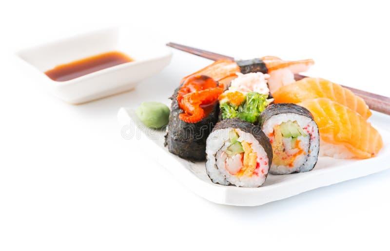 被隔绝的混合寿司 免版税库存图片