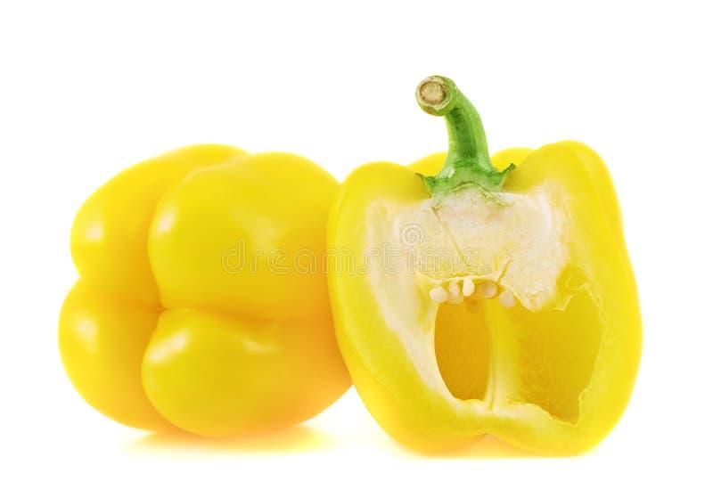 被隔绝的甜黄色喇叭花胡椒 库存照片
