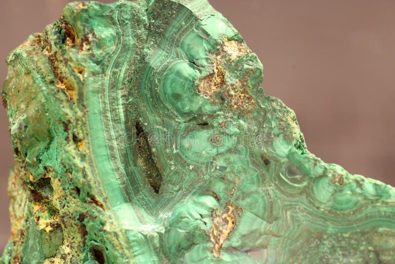 被隔绝的绿沸铜石头 免版税库存照片
