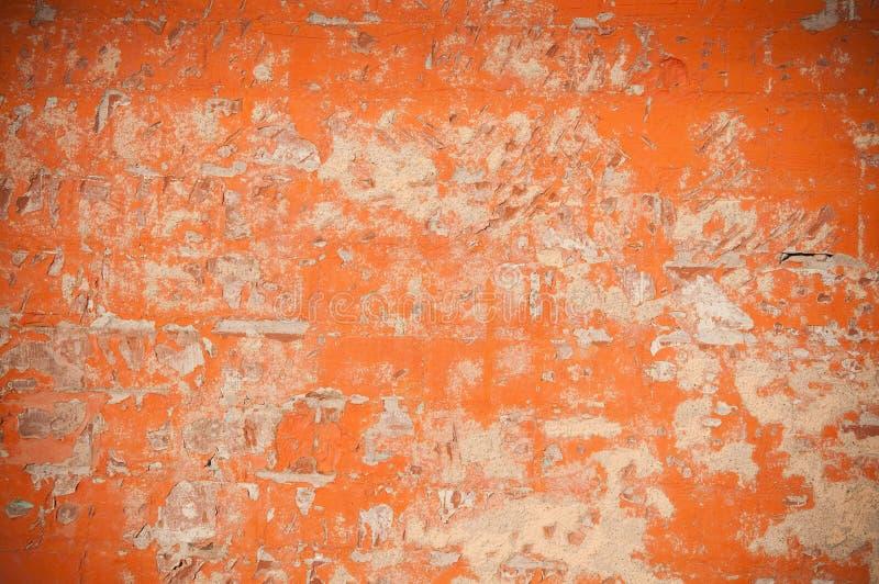 被风化的砖老墙壁 免版税库存照片