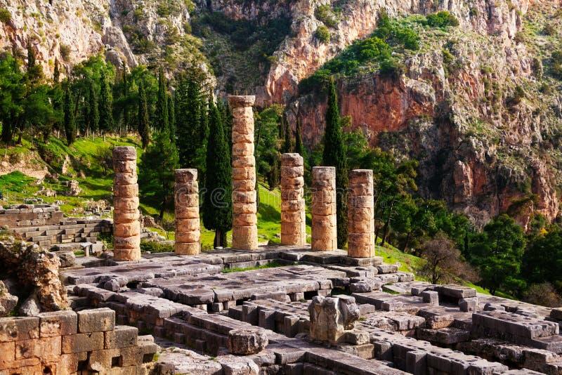 被破坏的寺庙在特尔斐 库存照片