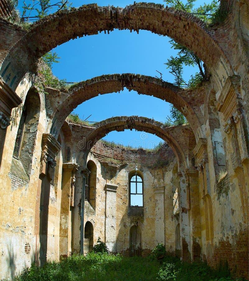 被破坏的教会 库存照片