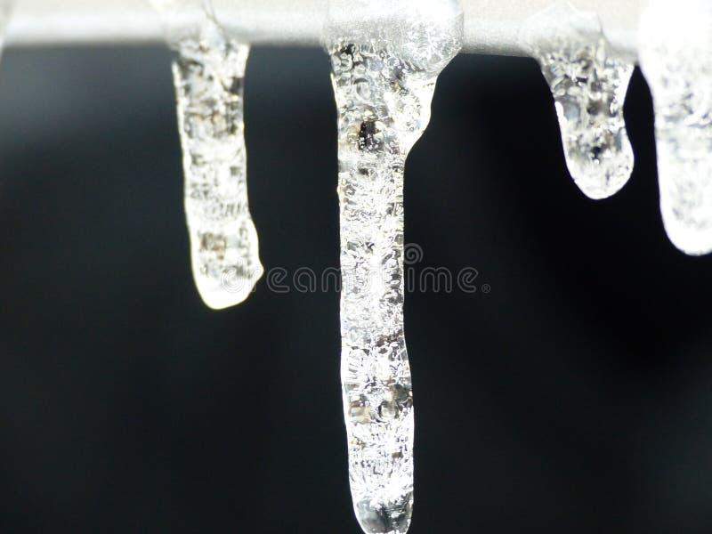 被结晶的冰柱线 库存图片