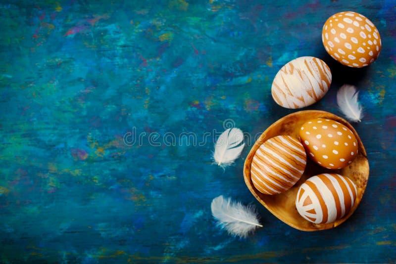 被绘的五颜六色的复活节彩蛋 库存照片