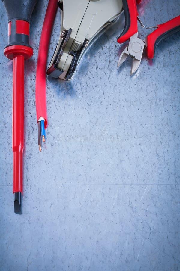 被绝缘的turnscrew绝缘胶带电削皮绝缘材料 免版税库存图片