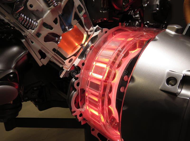 被暴露的杂种引擎默西迪丝刹车的阶段 库存图片