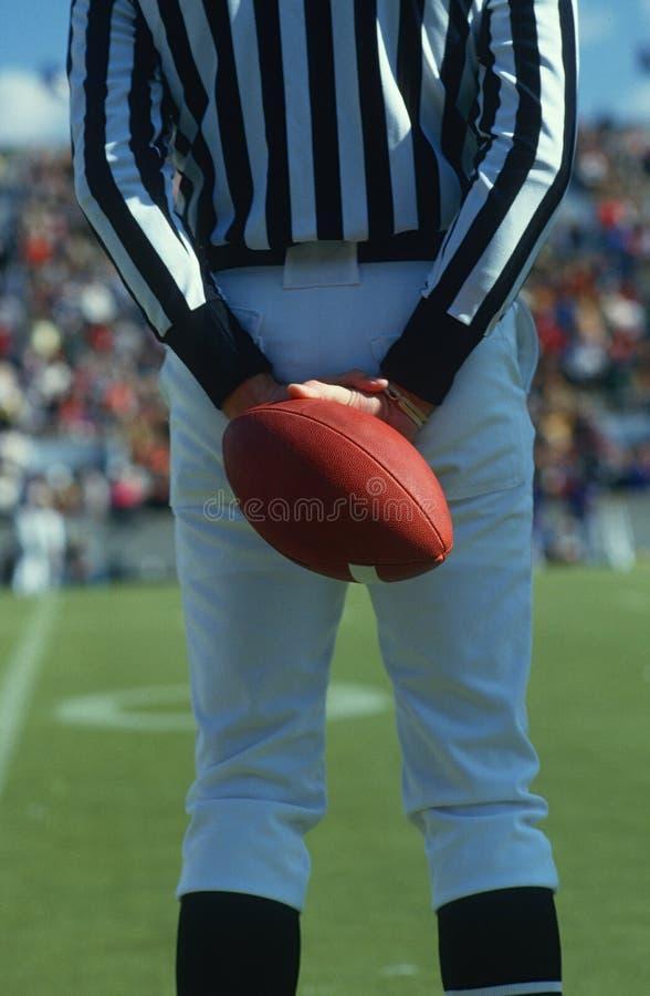 裁判藏品橄榄球 免版税库存照片