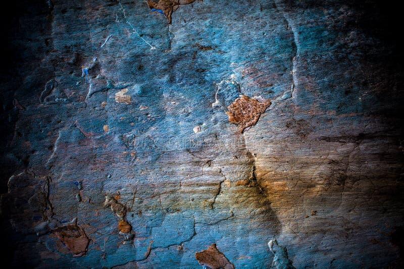 破裂的难看的东西石墙背景 免版税库存图片
