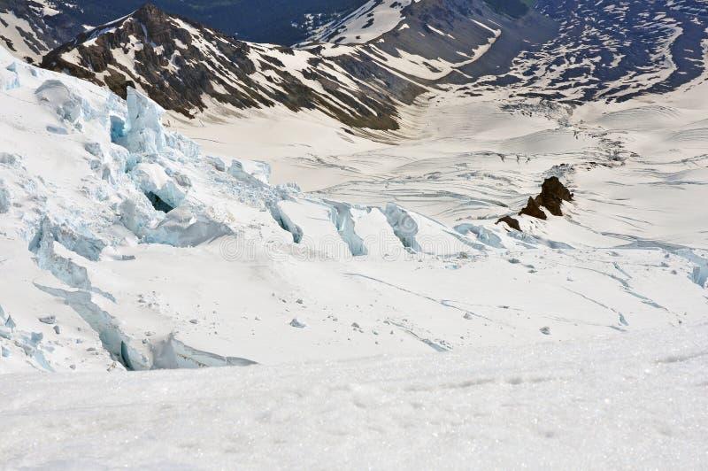 裂隙和冰河地形瑞尼尔山的 图库摄影