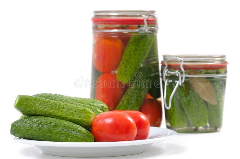 装于罐中的蔬菜 免版税库存图片
