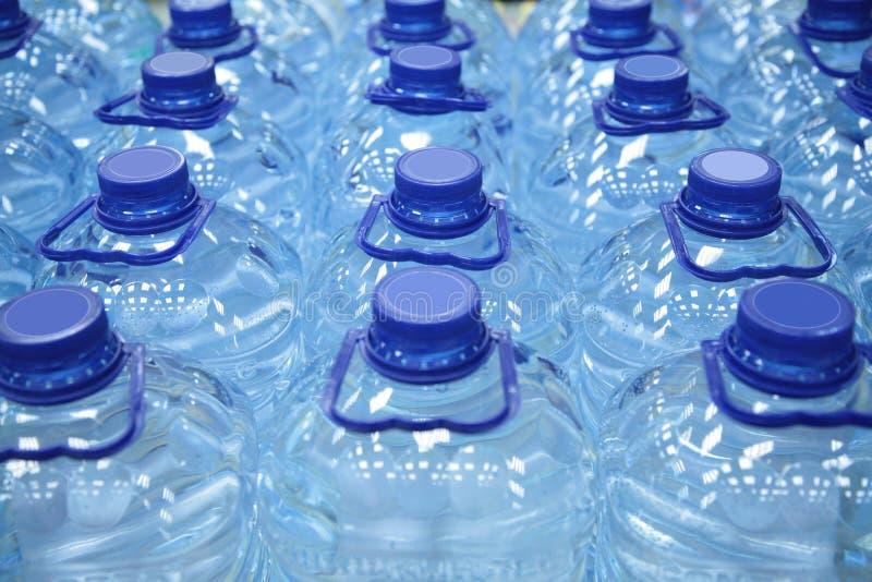 装瓶塑料水 图库摄影