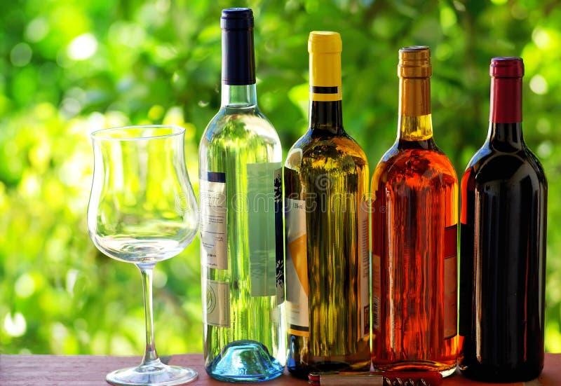 装瓶葡萄牙酒 免版税库存照片