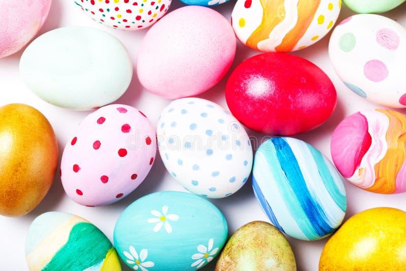 装饰与拷贝空间的复活节彩蛋 愉快的复活节 免版税库存照片