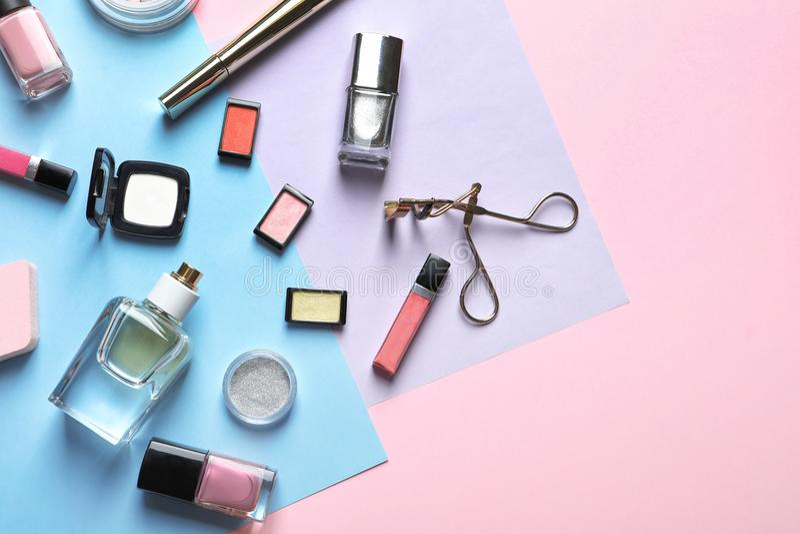 装饰化妆用品和工具 免版税库存图片