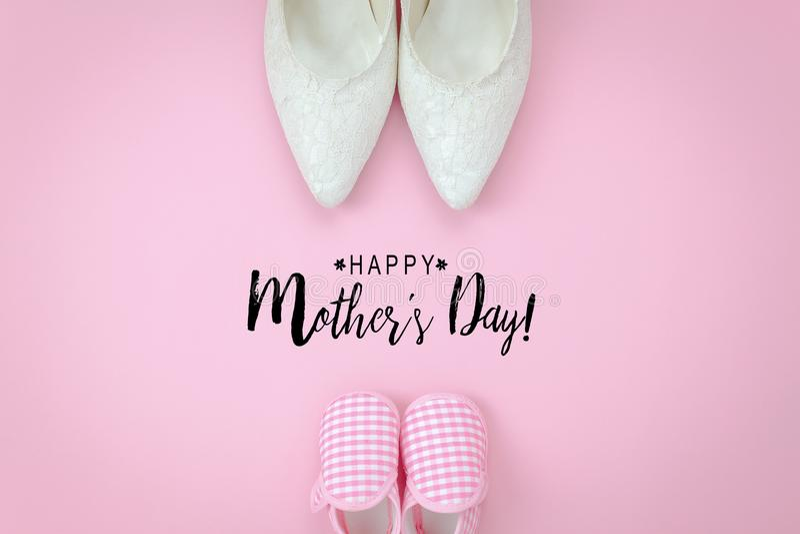 装饰愉快的母亲节假日的顶视图空中图象 免版税库存图片