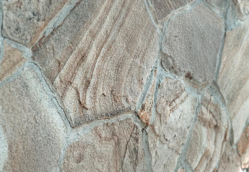 装饰沙子上色了各种各样的大小天瓦片  免版税图库摄影