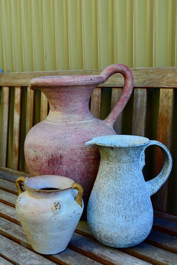 装饰的古色古香和可收回的项目在家;往日的破旧的别致 免版税图库摄影