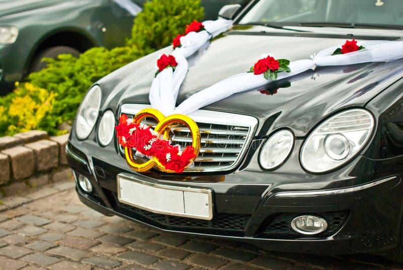 装饰的婚姻的汽车 免版税库存图片
