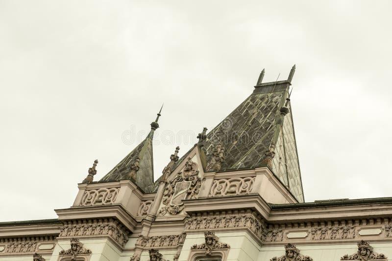 装饰的屋顶上面 免版税库存照片