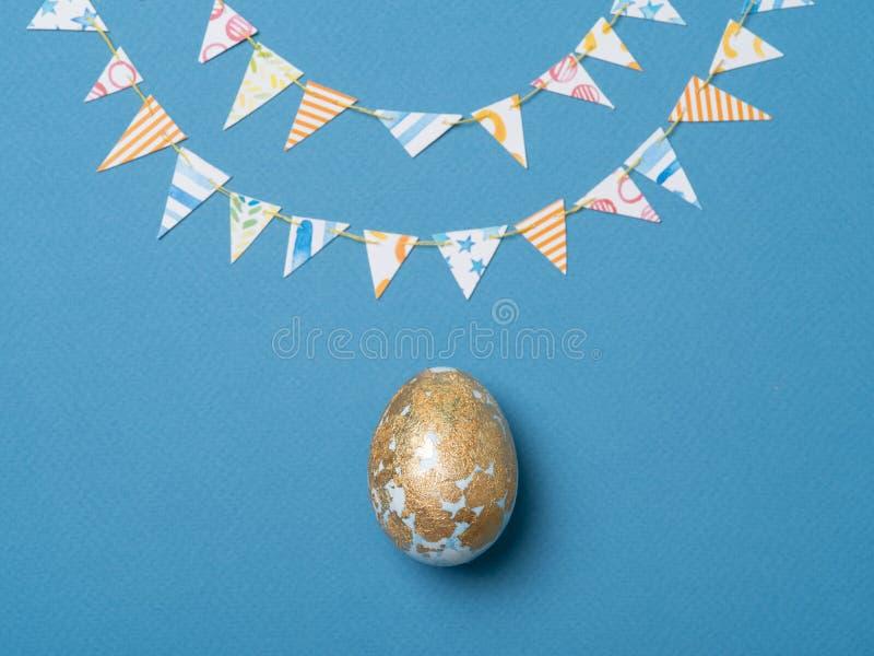 装饰的蓝色鸡蛋 免版税库存照片