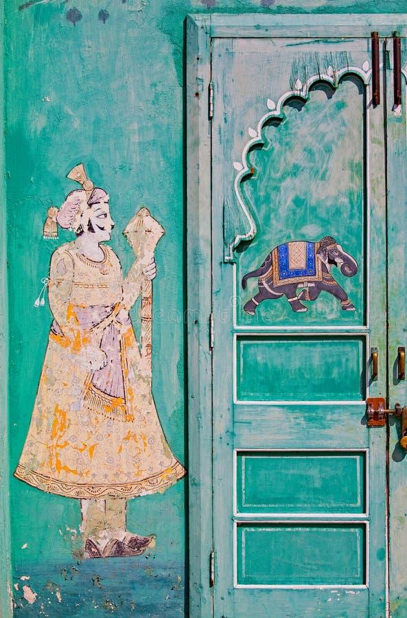 装饰的haveli入口在拉贾斯坦 免版税库存图片