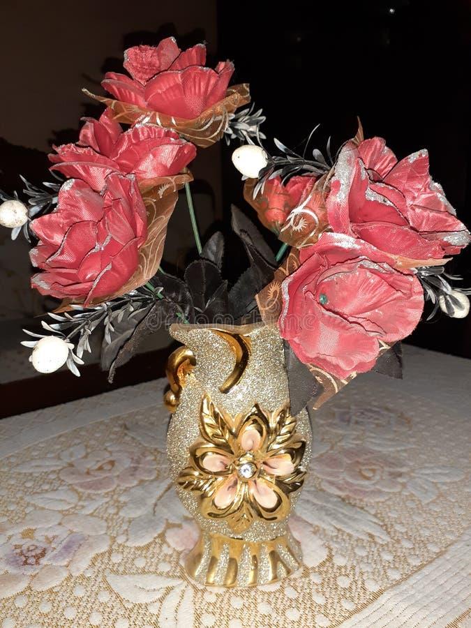 装饰红色玫瑰 免版税库存照片